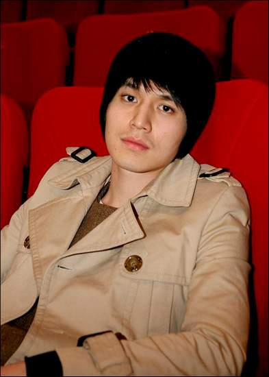 http://www.hancinema.net/photos/photo38810.jpg