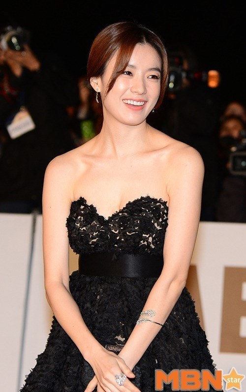 Han Hyo Joo S Japanese Movie Miracle Quot Cranks In On The