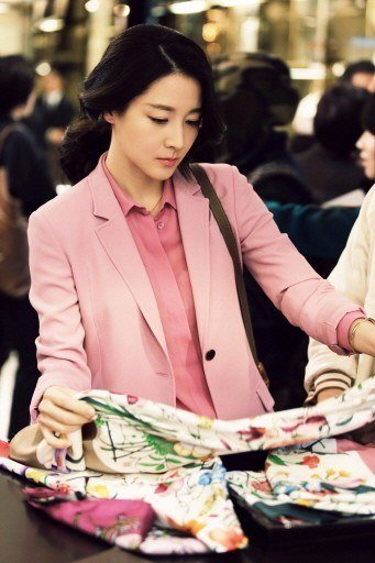 Lee Young-ae (이영애, Korean actress) @ HanCinema :: The Korean ...