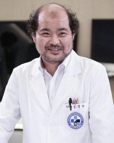 Kim Sang-ho (actor) Kim Sangho in quotDoctor Strangerquot HanCinema The Korean