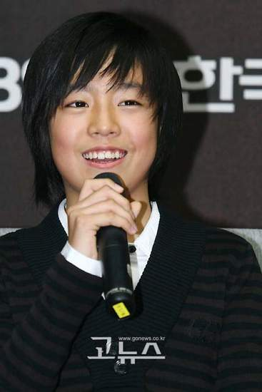 Lee Hyun-woo (이현우, Korean actor) @ HanCinema :: The Korean Movie ...