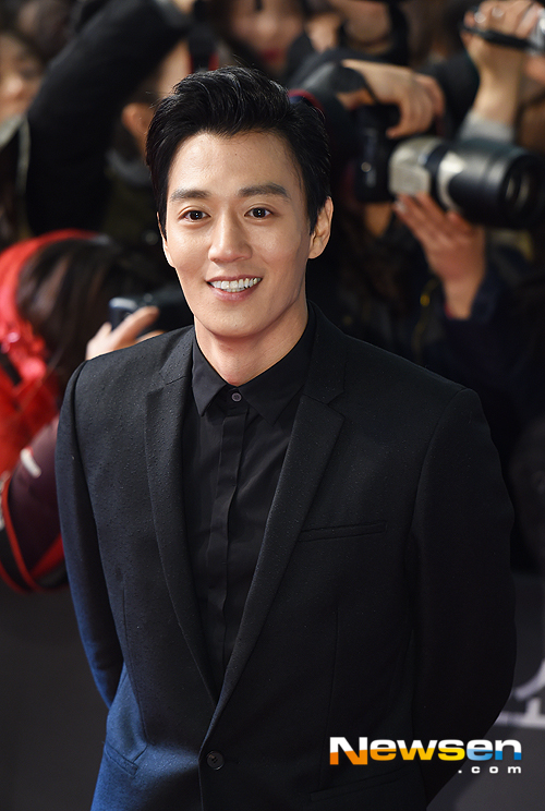 Gangnam Blues' Actor Kim Rae-won says it is meanest and most