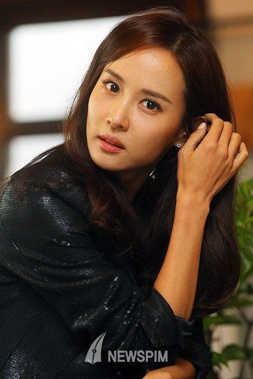 Yeo-jeong Jo Nude Photos 22