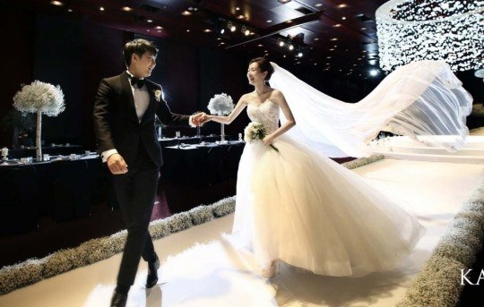 Yoon Sang Hyun ve Maybee Evlendi.
