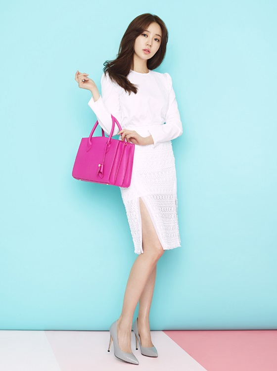 Actress Yoon Eun Hye Her Elegant Spring Fashion Pictorial
