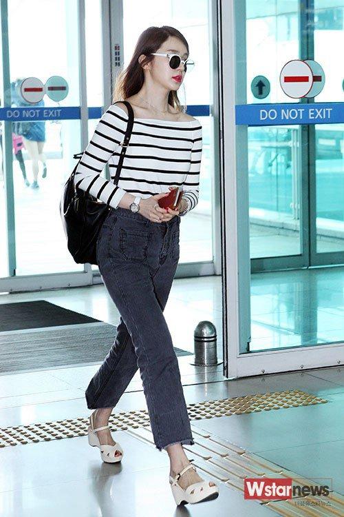 Photos Yoon Eun Hye 39 S Airport Fashion Hancinema The Korean Movie And Drama Database