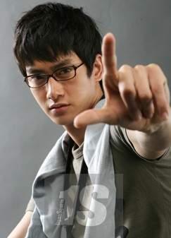 <b>Kim Woong</b> <b>...</b> - photo60386