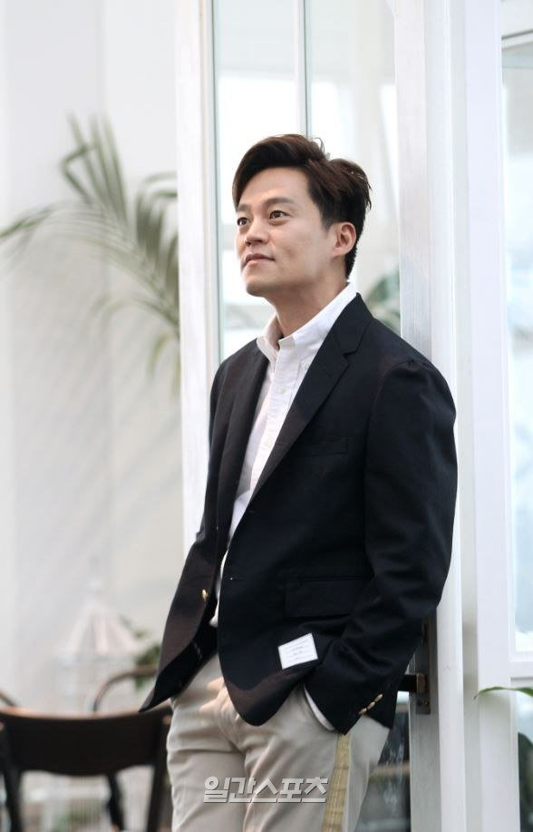 interview  lee seo