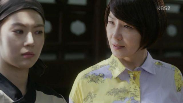 Da-hae and Mi-ja