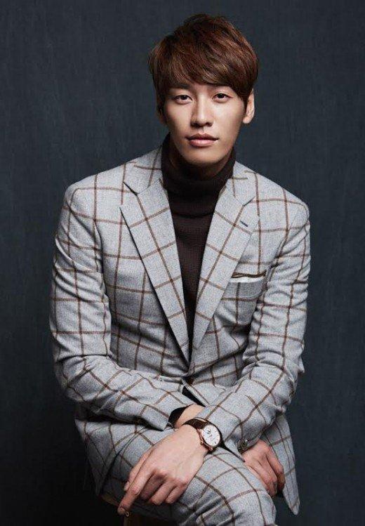 Kim Young Kwang To Star In Wonderful Life 2016 Hancinema The Korean Movie And Drama