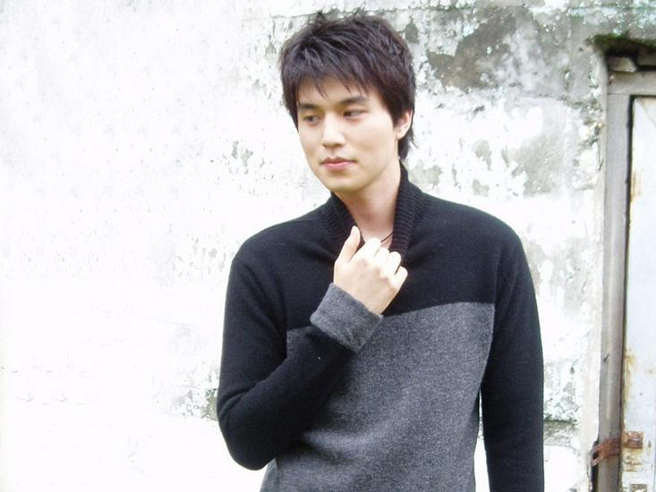 Lee Dong Wook - Images Gallery