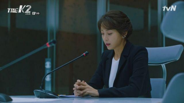 Yoo-jin shaken by Je-ha's words