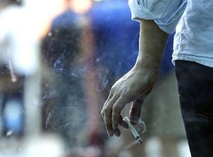 Low-Income Earners More Likely to Smoke