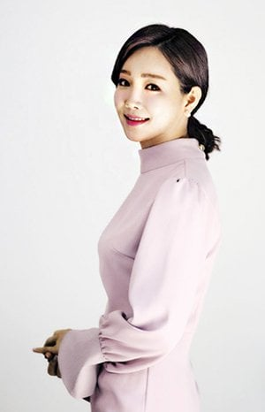 No More Typecast Roles as Lee Yu-ri Shows Her Range