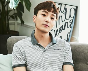 Roy Kim Plans 1st Concert Tour in 3 Years