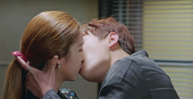 [Video] Added Korean drama 'The Liar and His Lover' episode 14