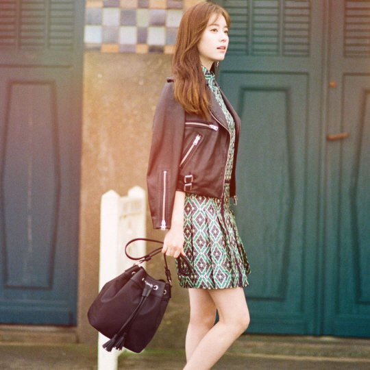 [Photos] Han Hyo-joo chic in France