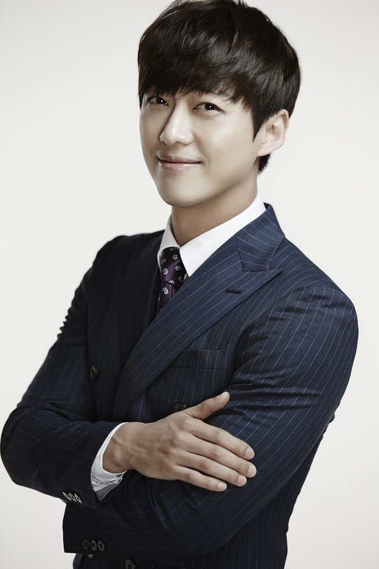 "[Interview] Namgoong Min from ""Chief Kim"" wants the Best Couple Award"