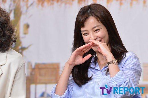 "Jung Yu-mi, ""Lee Seo-jin told me I was crazy"""