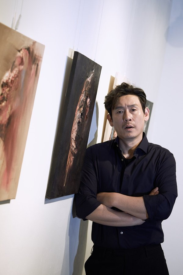 """""""The Merciless"""" Sul Kyung-gu goes to Cannes for the first time in 17 years"""