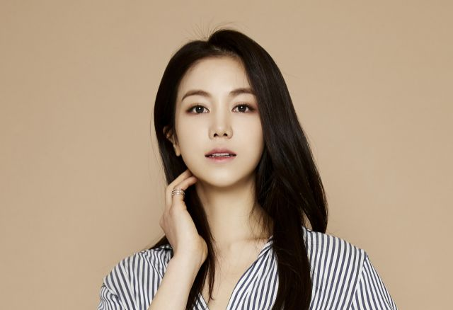 "[Hot Takes from the Noonas] Kim Ok-bin offered lead role in ""Manipulation"""