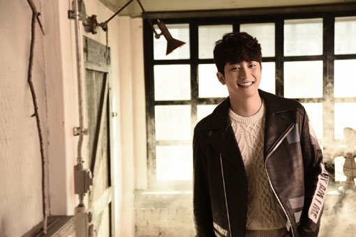 Will Park Si-hoo get over the sex scandal?