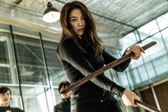 "[HanCinema's Film Review] ""The Villainess"""