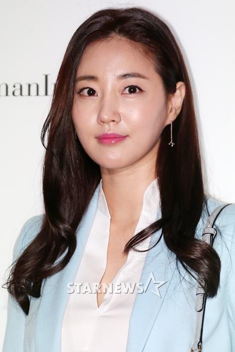 Actress Kim Sa Rang S Daily Life Revealed Hancinema The Korean Movie And Drama Database