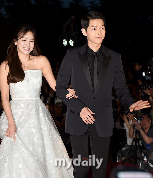 Song Joong-ki and Song Hye-kyo share their feelings on their marriage