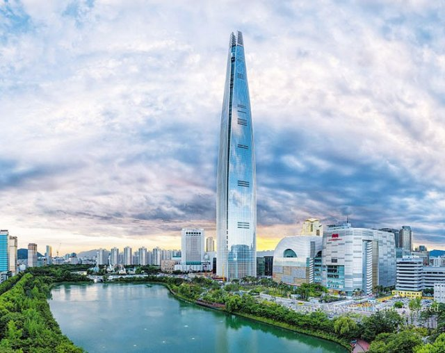 10 Million Visit Lotte World Tower in 100 Days
