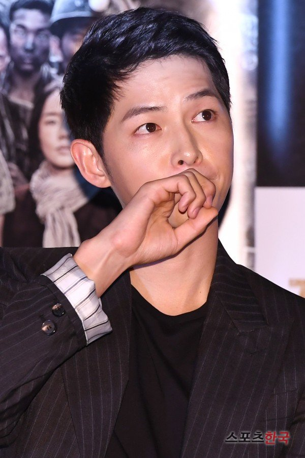 Song Joong-ki, so handsome