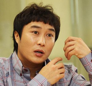 Comedian Kim Byung-man Injured in Skydiving Accident in U.S.