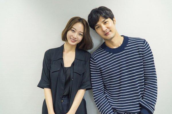 """Boy and Girl From the 20th Century"" Han Ye-seul, Kim Ji-suk"