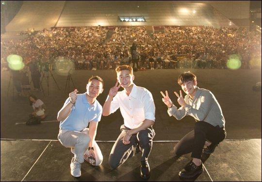 """Midnight Runners"" Park Seo-joon, Kang Ha-neul and director Kim Joo-hwan-I in Busan"