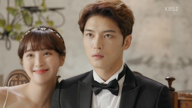 "[HanCinema's Drama Review] ""Man-hole"" Episode 10"