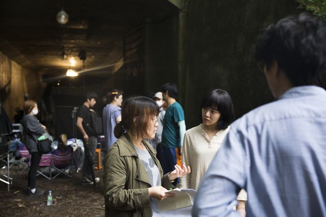 [Photos] New behind-the-scenes images for Moon Geun-young's