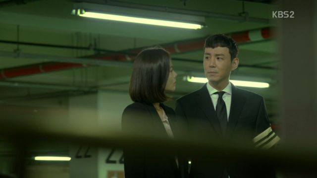 Hyeon-gi manipulating Hong-joo