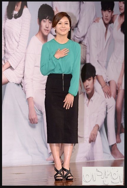 Lee Kan-hee (이칸희) - Picture Gallery @ HanCinema :: The Korean ...