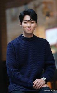 Yun Jong-seok (윤종석, Korean actor) @ HanCinema :: The