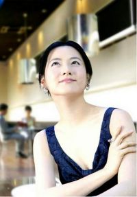 Lee Young-ae (이영애)