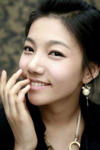 Lee Chae-yeong (이채영)