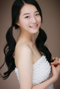 Song Bo-bae (송보배)