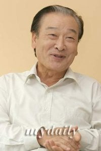 Lee Soon-jae (이순재)